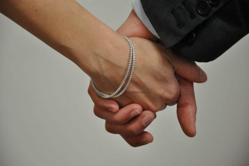 Per il vostro bracciale tennis affidatevi a Banco Diamanti