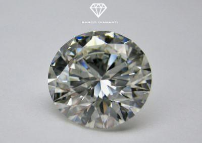 Come riconoscere se un diamante incastonato è vero?