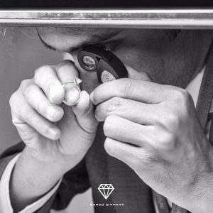 Vendere un diamante certificato alla Borsa di Anversa con noi conviene