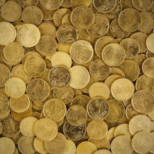 Come trovare i soldi per viaggiare? Vendete i gioielli inutilizzati!