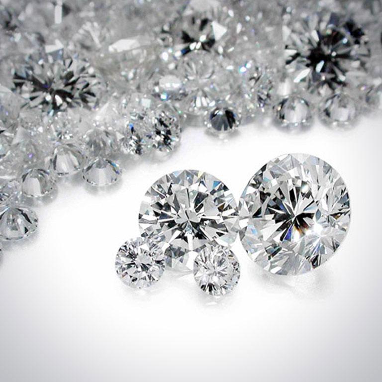 5 ragioni per non vendere i diamanti al Monte dei Pegni