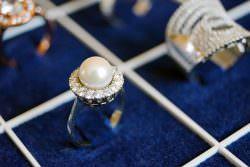 Investire in diamanti pro e contro: ecco i vantaggi e gli svantaggi