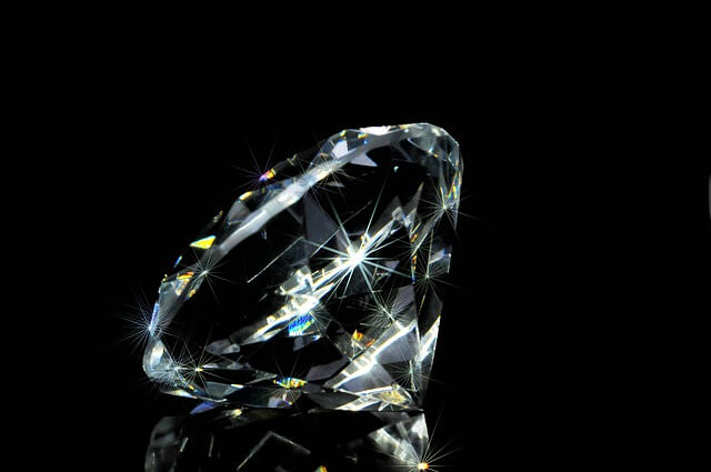 Dove non vendere i diamanti: 4 posti da evitare per non incorrere in una svalutazione