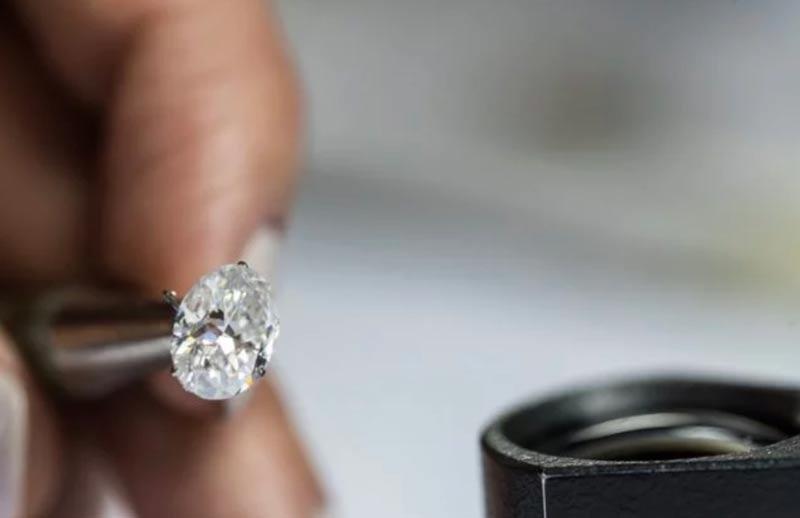 Compro diamante Torino, massima valutazione